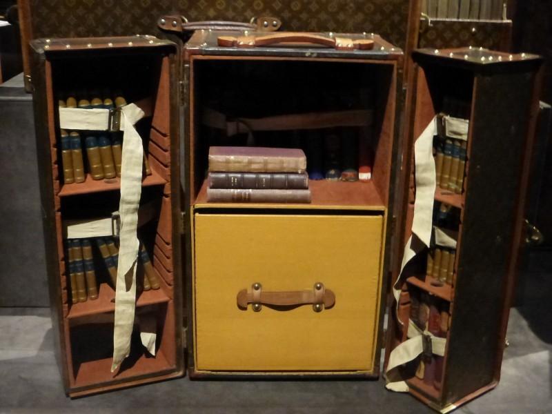 malle-bibliothèque-Louis-Vuitton